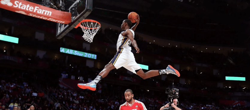 Двойной шаг в баскетболе